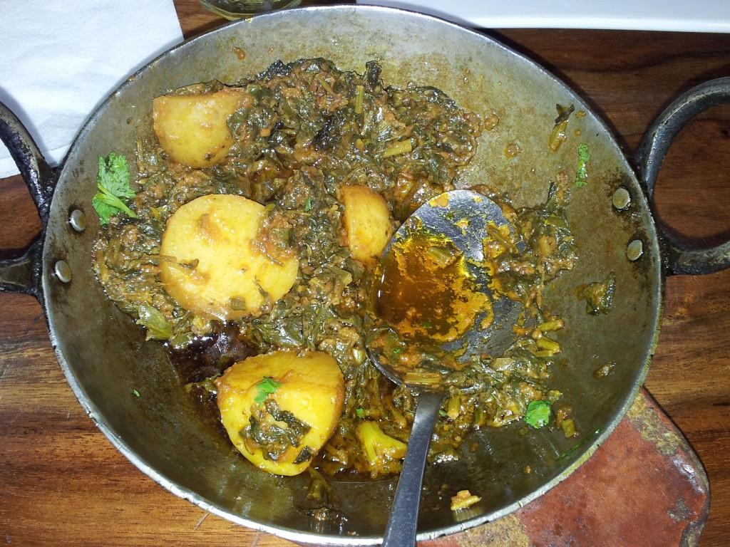 rubys-Aloo Saag (Potato Spinich)