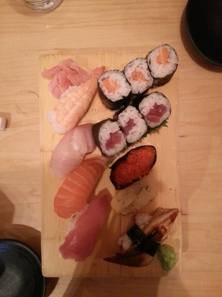 Deluxe Sushi Box