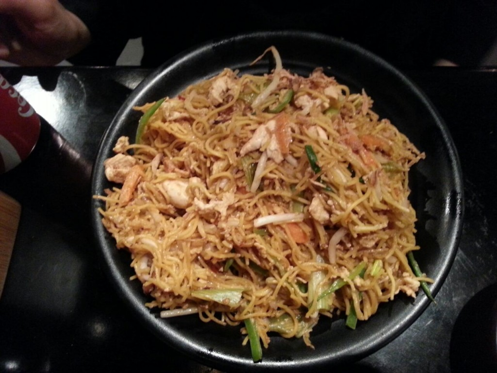 CHAR KWAY TEOW £10.25 Flat rice noodles, cooked with soy sauce, prawns, chicken, beansprouts, spring onions and a mild sambal