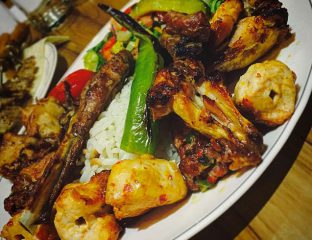 KARISIK IZGARA - Mixed kebab, consisting of adana, shish, chicken & lamb chops served with rice & salad