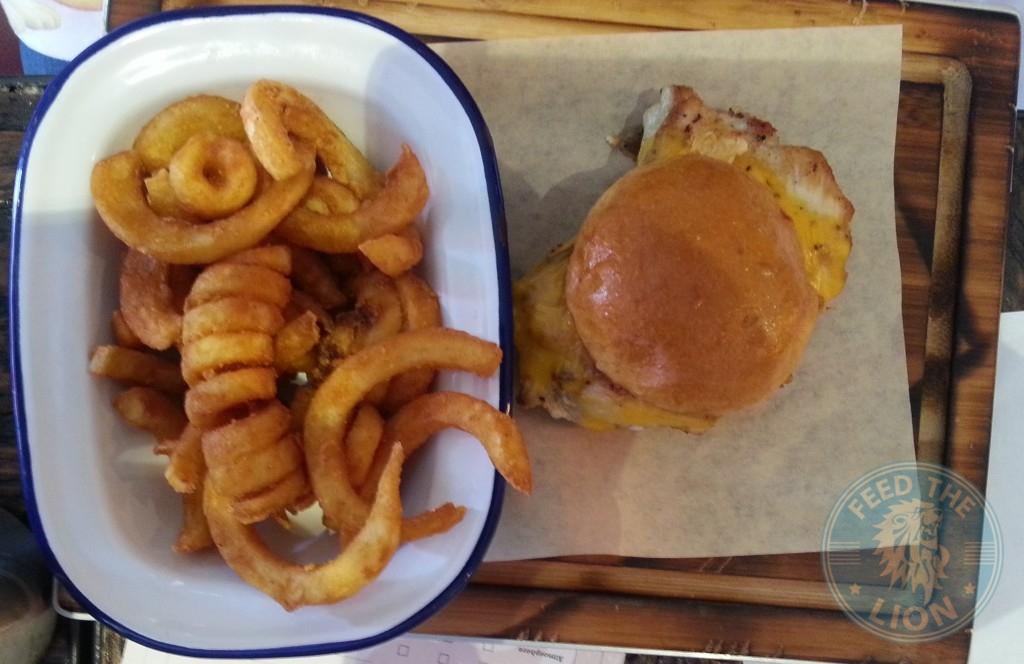 Kids Chicken Burger & Panko Onion Rings