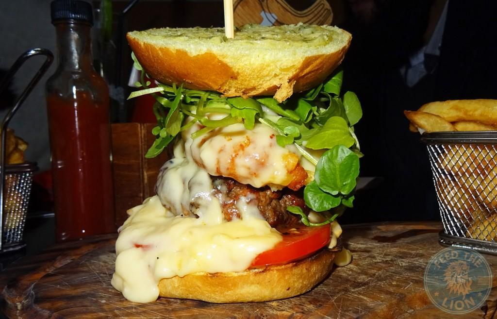 mac n cheese burger steakout
