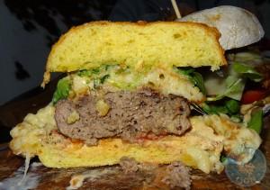 macncheese burger steak out