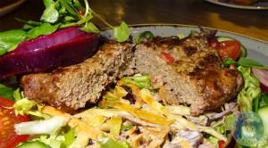 naked-salad-burger-cut