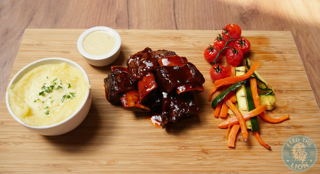 meat house london Short Ribs + side and sauce of your choice £14.95