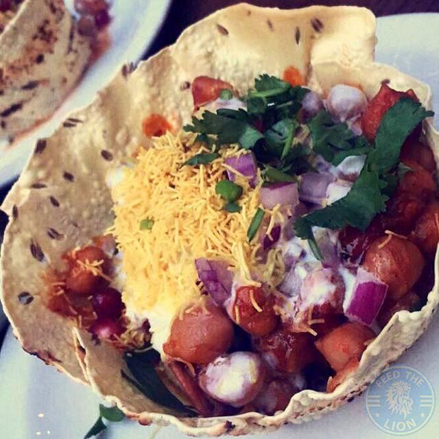 Samosa Chaat Scene Indian Restaurant Manchester Halal Food