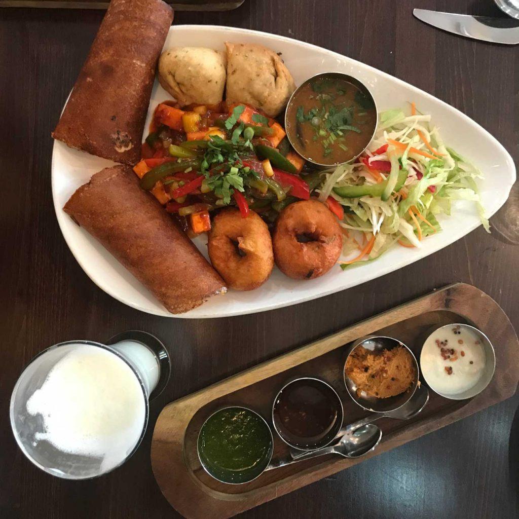 chettinad indian leicester curry samosa chutney vegetarian platter