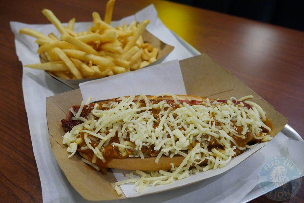 Fatburger Hot Dog Halal Wembley American Burger