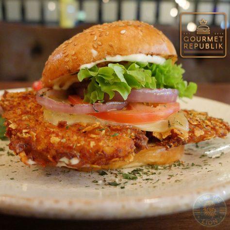 wagyu beef chicken Gourmet Republic American Halal London Walthamstow Restaurant