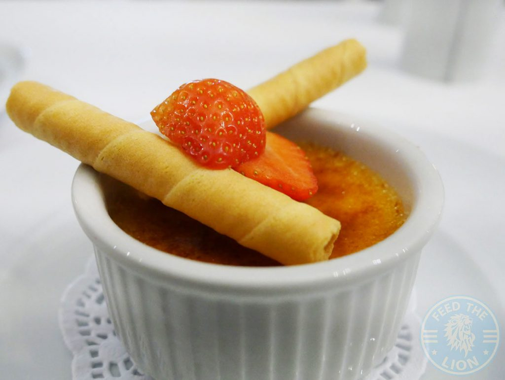 dessert Canary Wharf Docklands Lodge The 2Four4 Lounge 244 Popular Halal London Restaurant