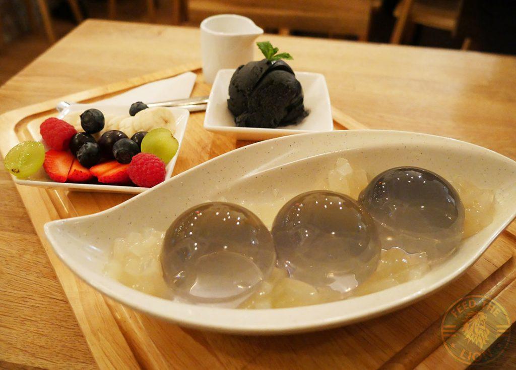 BobaJam Soho London Asian Dessert Parlor bubble tea rain drop cake