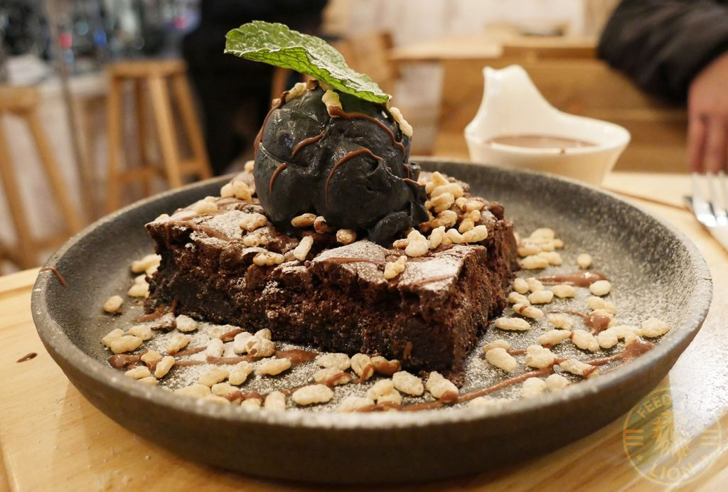 brownie BobaJam Soho London Asian Dessert Parlor bubble tea rain drop cake
