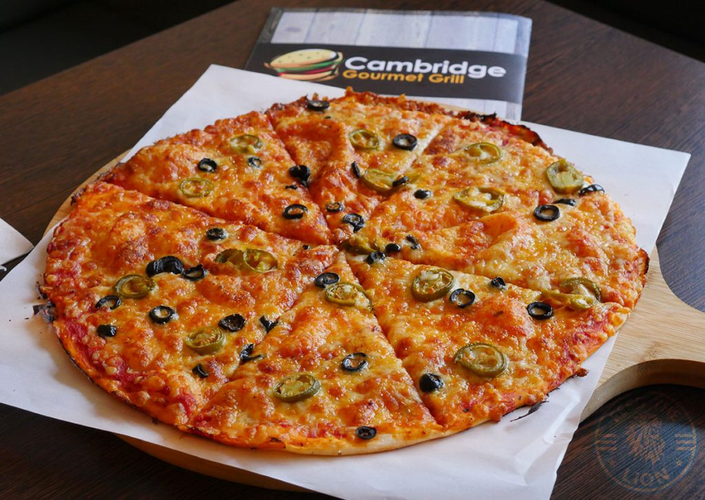 pizza Cambridge Gourmet Grill Halal HMC Restaurant