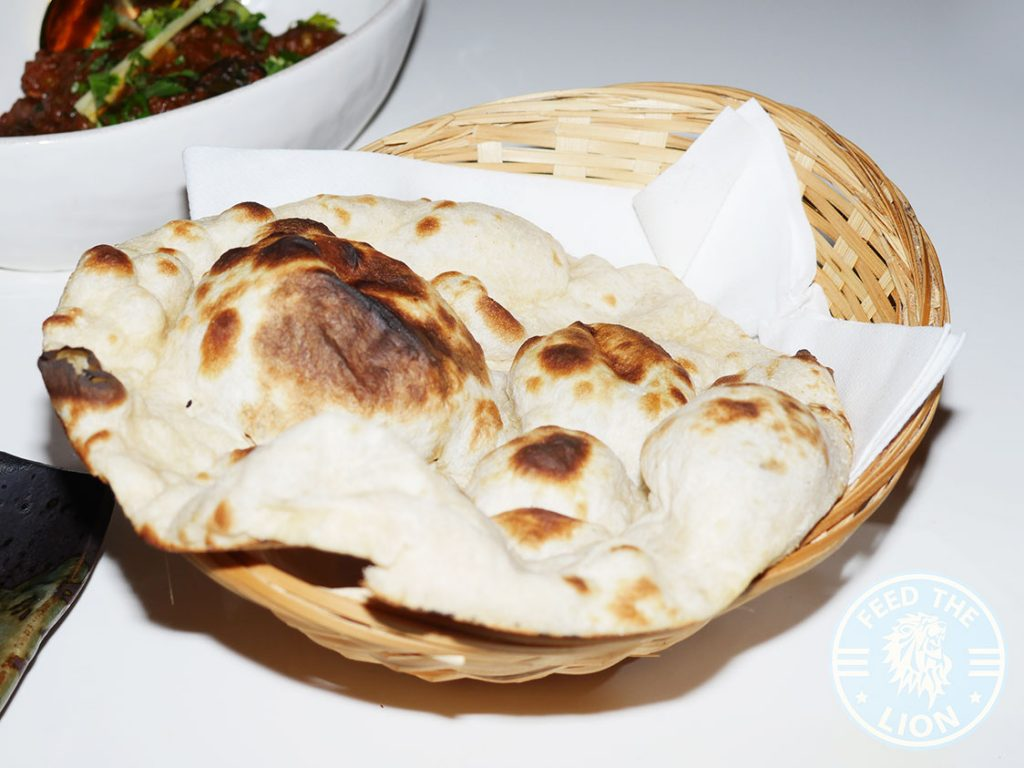 Hankies Restaurant Marble Arch Indian Curry naan Halal