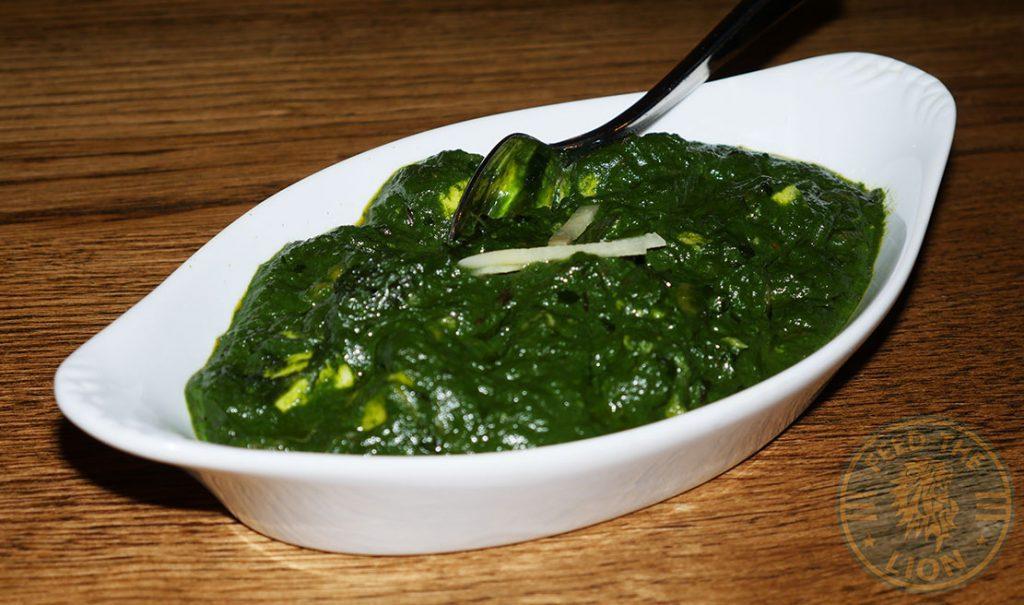 ZeeZain Indian Halal restaurant Kensington London Spinach Curry