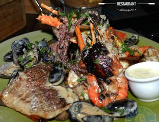 seafood Ocean One beach bar and restaurant Azuri village resort halal food Mauritius