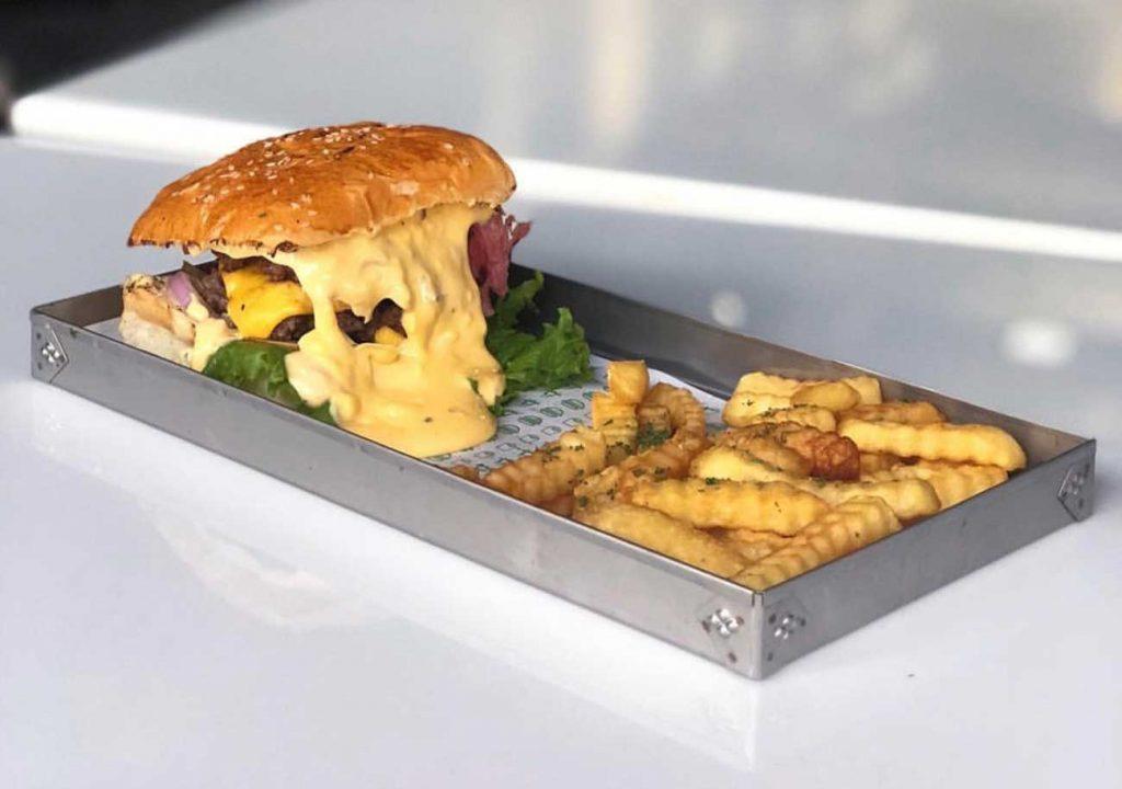 the melt burger Karachi Pakistan Top 5 restaurant