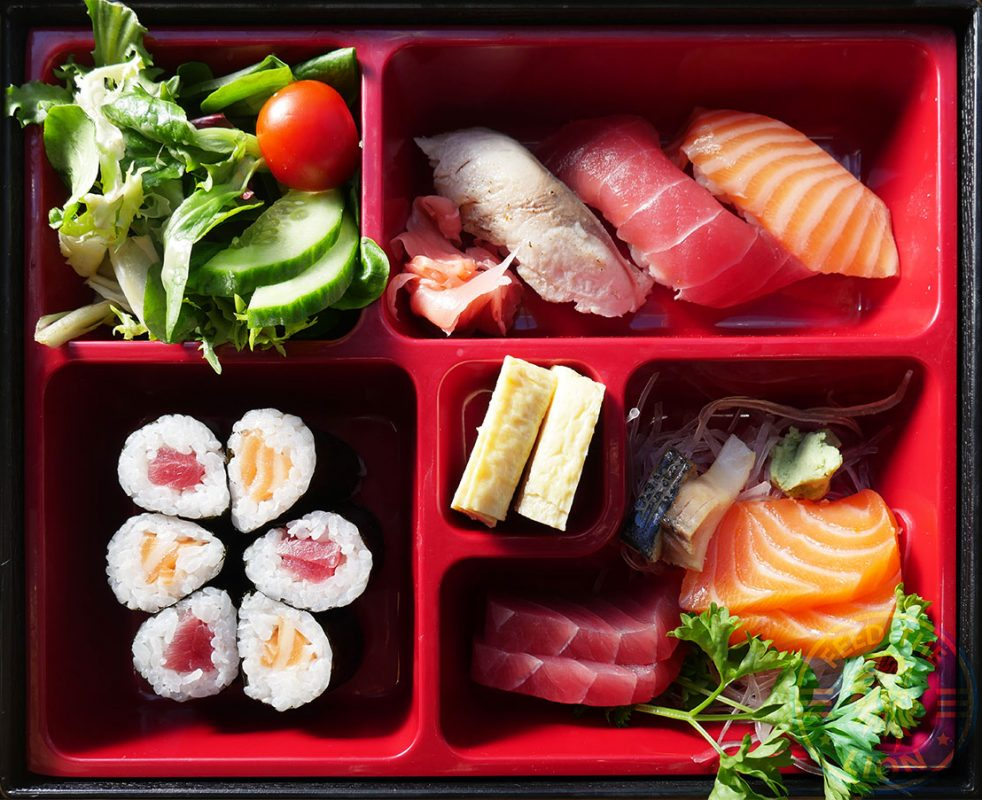 <strong>Sushi/ Sashimi</strong> – Salmon and tuna hosomaki (3pcs each), nigiri (1 pc), and new style sashimi (2 pcs each), £10.00