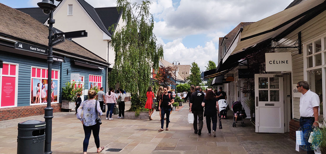 Halal Restaurants At Bicester Village In Oxfordshire Feed The Lion