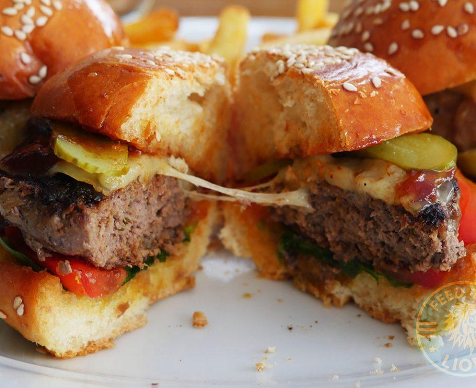 Cheese & Beef – Gravy sauce, tomato, arugula, pickle, chaddar, tempura fried basil.